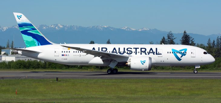 AERO ENGINEERING SERVICES ON BOARD AIR AUSTRAL 1st B787-8 DREAMLINER !